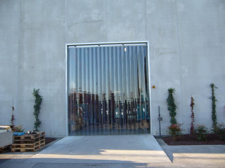 Barriera a strisce vista esterna