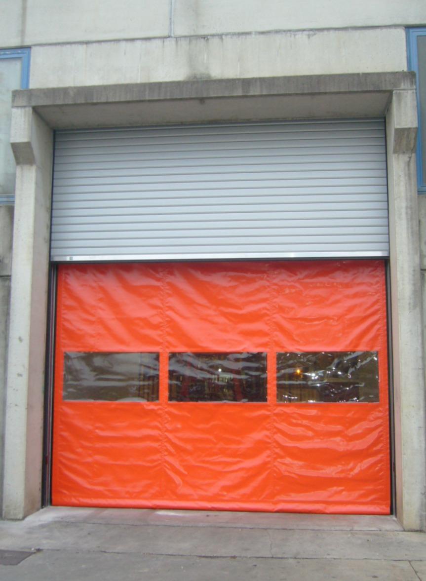 Zip arancione e serranda